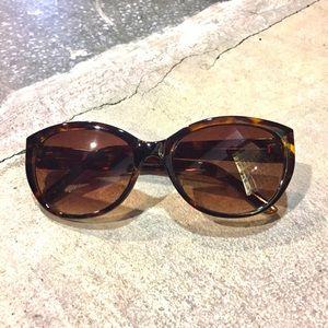 53e09d935f3 Adrienne Vittadini Sunglasses for Women